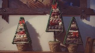 Новогодние деревья Дарьи Красовской